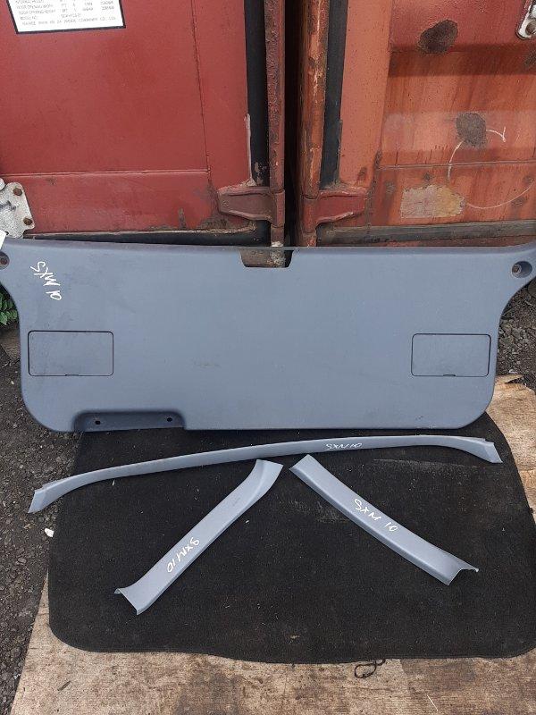 Обшивка двери багажника Toyota Ipsum SXM10 (б/у)