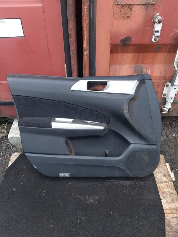 Обшивка двери Subaru Forester SH5 передняя левая (б/у)