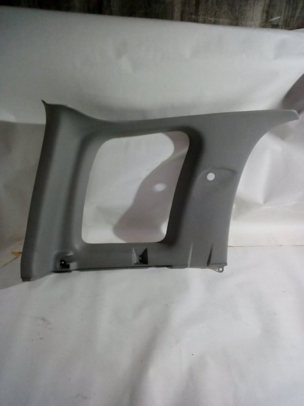Обшивка багажника Suzuki Escudo TL52W J20A 2002 левая верхняя (б/у)