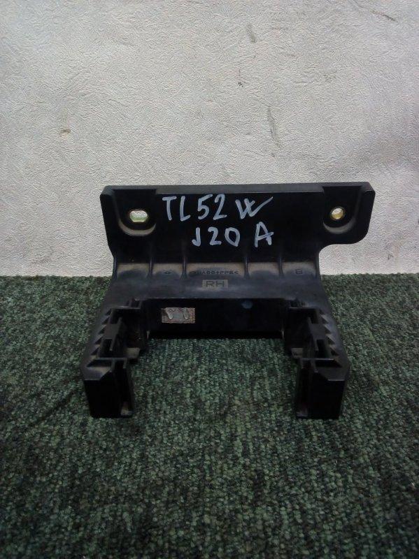 Крепление блока предохранителей Suzuki Escudo TL52W J20A 2002 (б/у)
