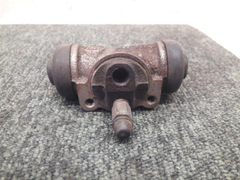 Рабочий тормозной цилиндр Toyota Estima CXR20 задний (б/у)
