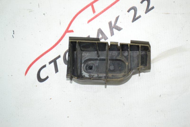 Крепление бампера Toyota Runx NZE120 1NZ 2000 заднее правое (б/у)