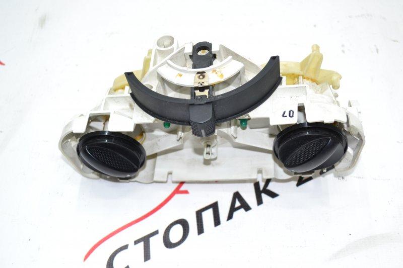 Блок управления печкой Toyota Corolla NZE120 1NZ 2000 (б/у)