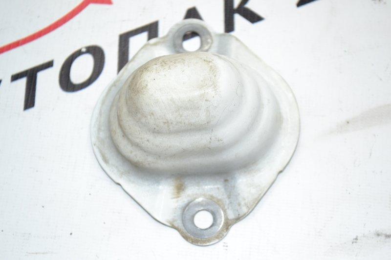 Кронштейн бампера заднего Toyota Corolla NZE120 1NZ 2000 (б/у)