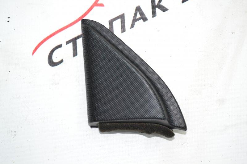 Уголок двери Toyota Corolla NZE120 1NZ 2000 левый (б/у)
