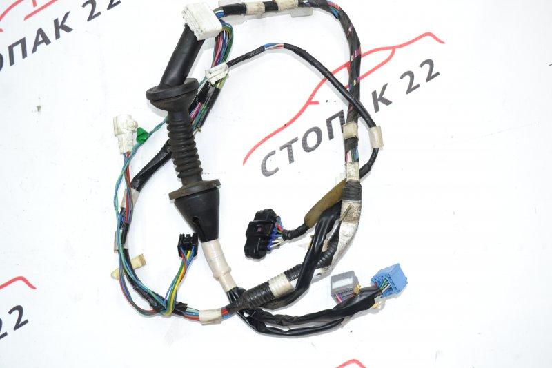 Проводка с двери Toyota Corolla NZE120 1NZ 2002 передняя правая (б/у)