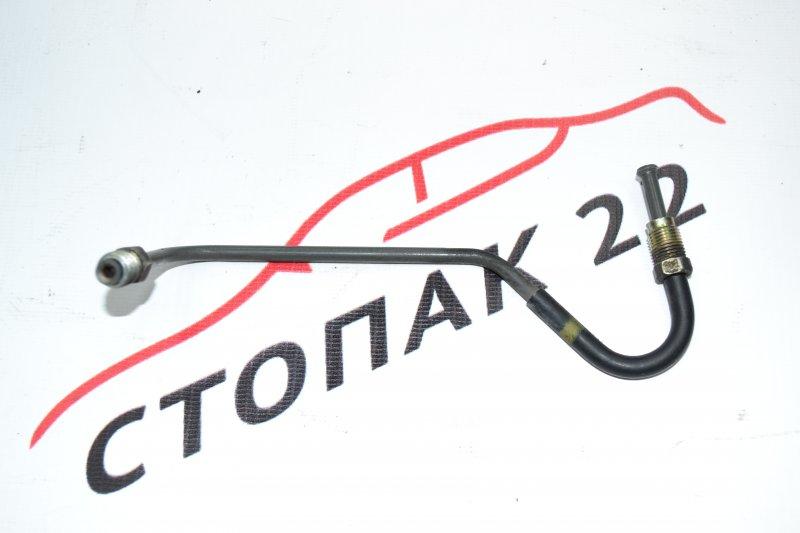 Трубка тормозная Toyota Corolla NZE120 1NZ 2000 задняя правая (б/у)