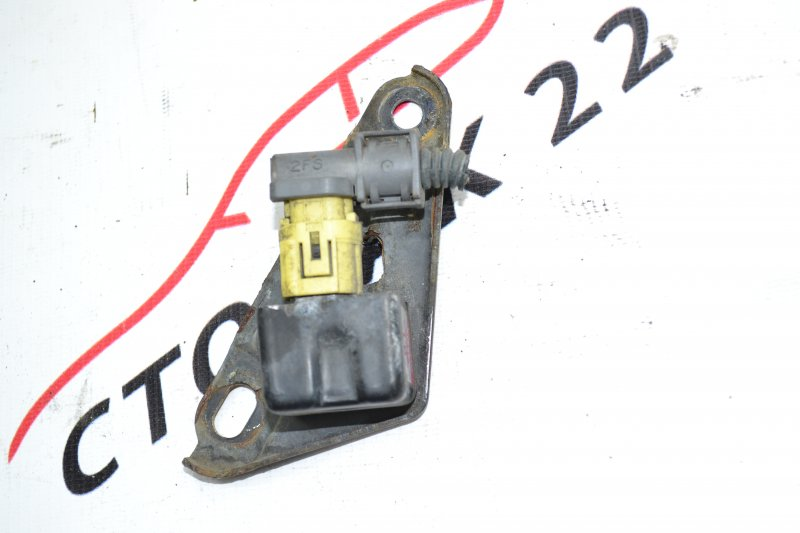 Датчик airbag Toyota Corolla NZE120 1NZ 2000 (б/у)