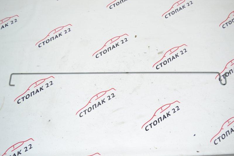 Амортизатор багажника Toyota Corolla NZE120 1NZ 2004 (б/у)