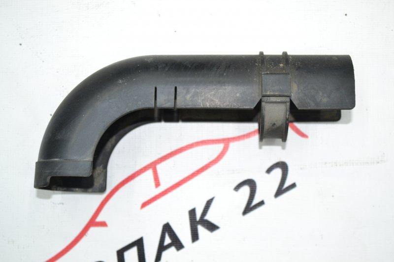 Кожух патрубка бензобака Toyota Corolla NZE120 1NZ 2000 (б/у)