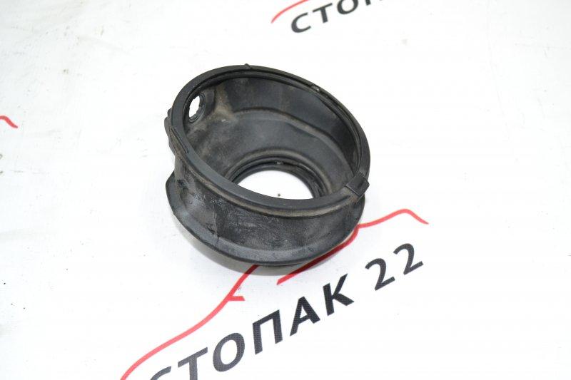 Уплотнитель горловины бензобака Toyota Corolla NZE120 1NZ 2000 (б/у)