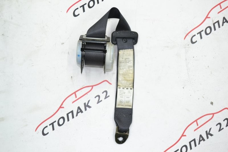 Ремень безопасности Toyota Corolla NZE120 1NZ 2000 задний (б/у)