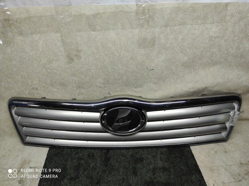 Решетка радиатора Toyota Avensis AZT250 2003 (б/у)