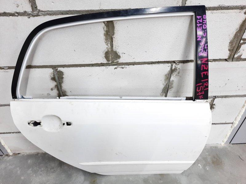 Дверь Toyota Runx NZE120 1NZ 2000 задняя правая (б/у)