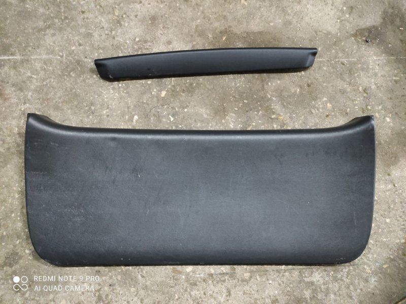 Обшивка двери багажника Toyota Corolla Fielder NZE121 (б/у)