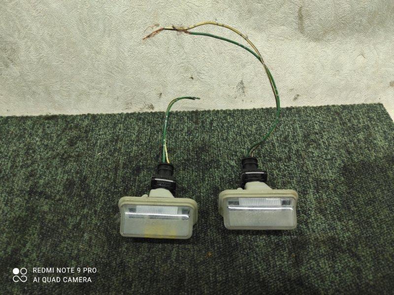 Подсветка номера Toyota Avensis AZT251W (б/у)