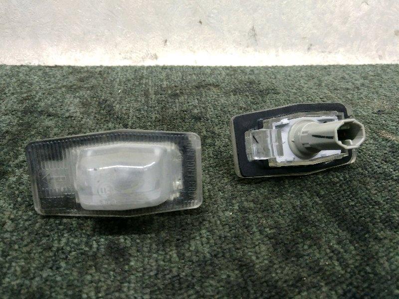 Подсветка номера Mazda Premacy CP8W (б/у)