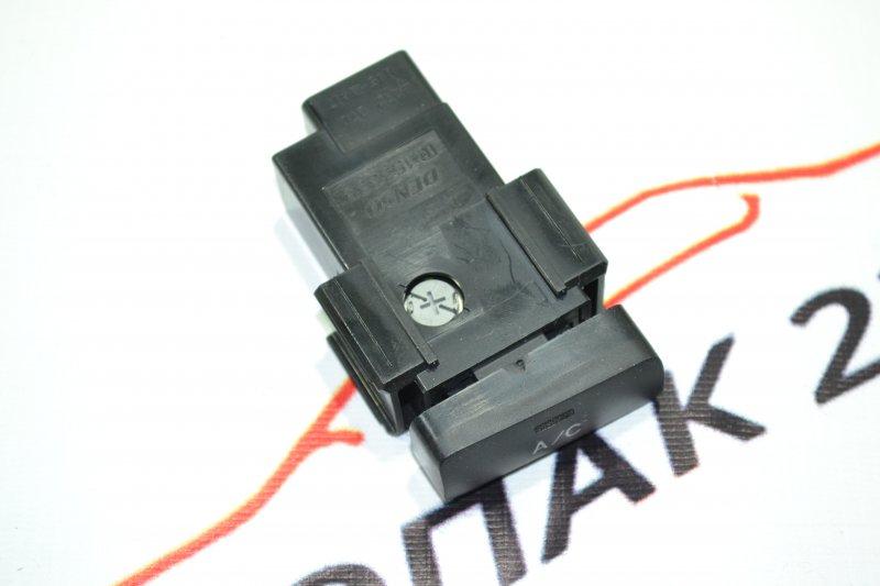 Кнопка включения кондиционера Toyota Corolla NZE120 1NZ 2000 (б/у)