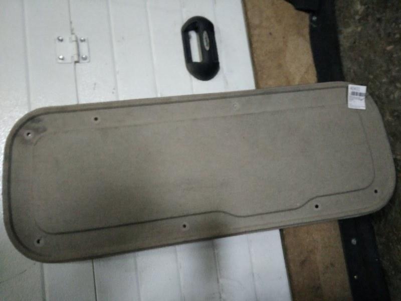 Обшивка двери багажника Mazda Demio DW3W 1996 (б/у)