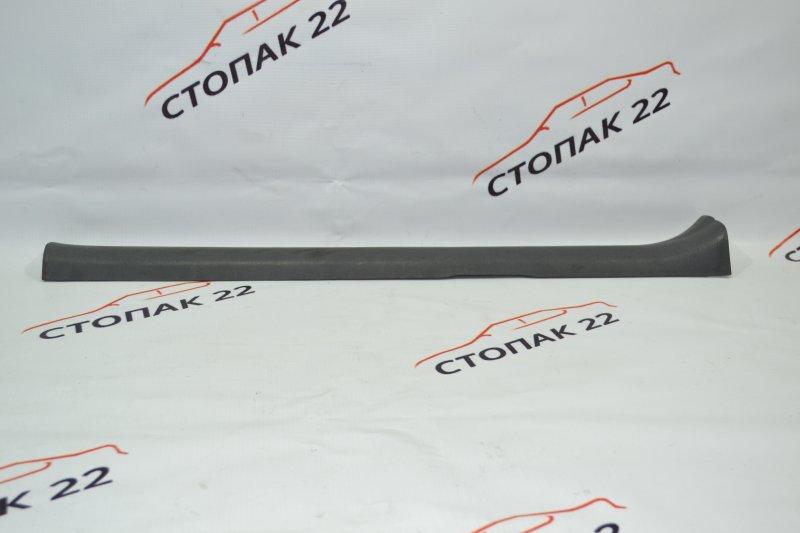 Накладка на порог Toyota Corolla NZE120 1NZ 2000 передняя правая (б/у)
