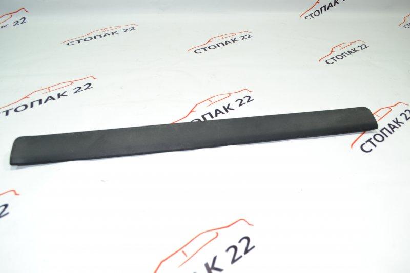 Накладка на порог Toyota Corolla NZE120 1NZ 2000 передняя левая (б/у)