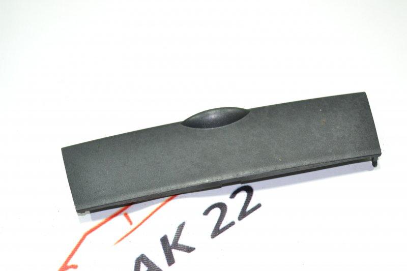 Крышка климат-контроля Toyota Corolla NZE120 1NZ 2000 (б/у)