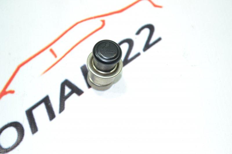 Прикуриватель Toyota Corolla NZE120 1NZ 2000 (б/у)