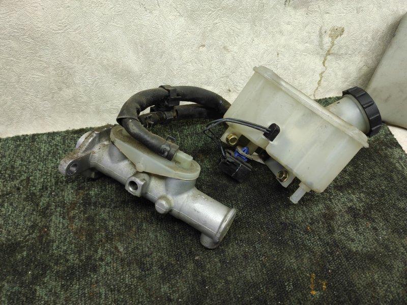 Главный тормозной цилиндр Mazda Bongo SK82V (б/у)