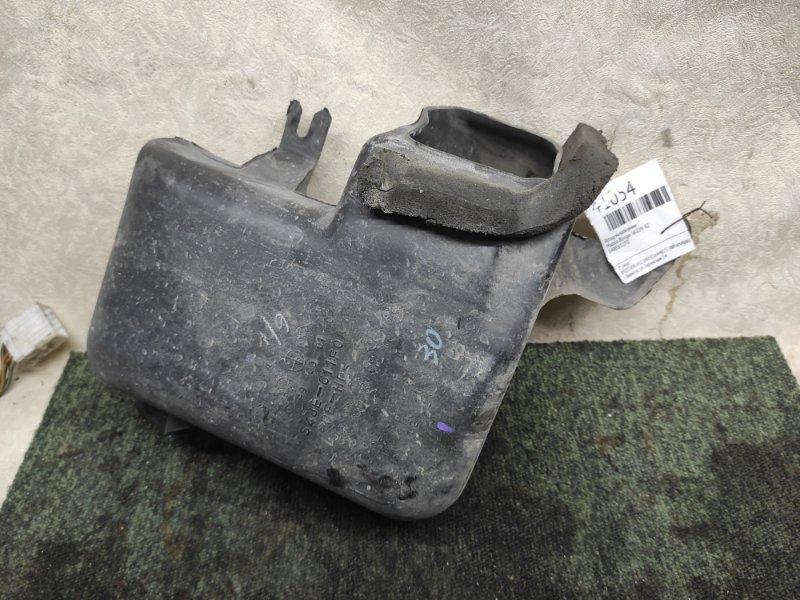 Воздухозаборник Mazda Bongo SK82V R2 (б/у)