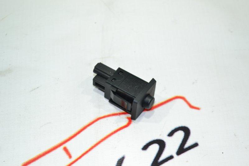 Кнопка датчика давления шин Toyota Corolla NZE120 1NZ 2000 (б/у)