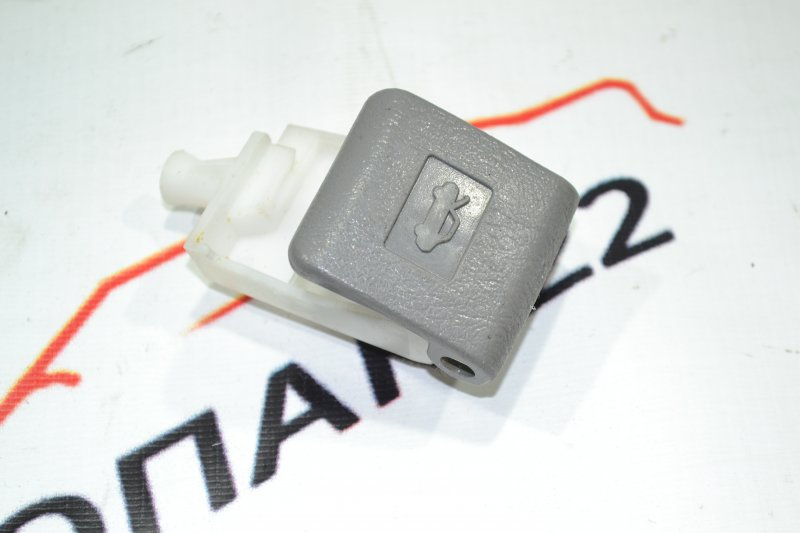 Ручка открывания капота Toyota Corolla NZE120 1NZ 2000 (б/у)