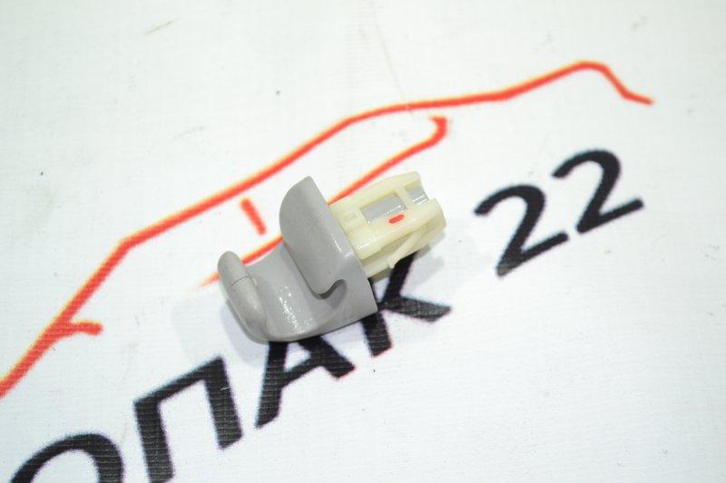 Крепление солнцезащитного козырька Toyota Corolla NZE120 1NZ 2000 (б/у)