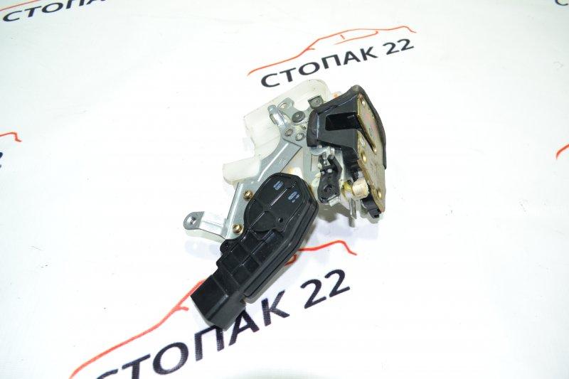 Замок двери Toyota Corolla NZE120 1NZ 2000 задний правый (б/у)