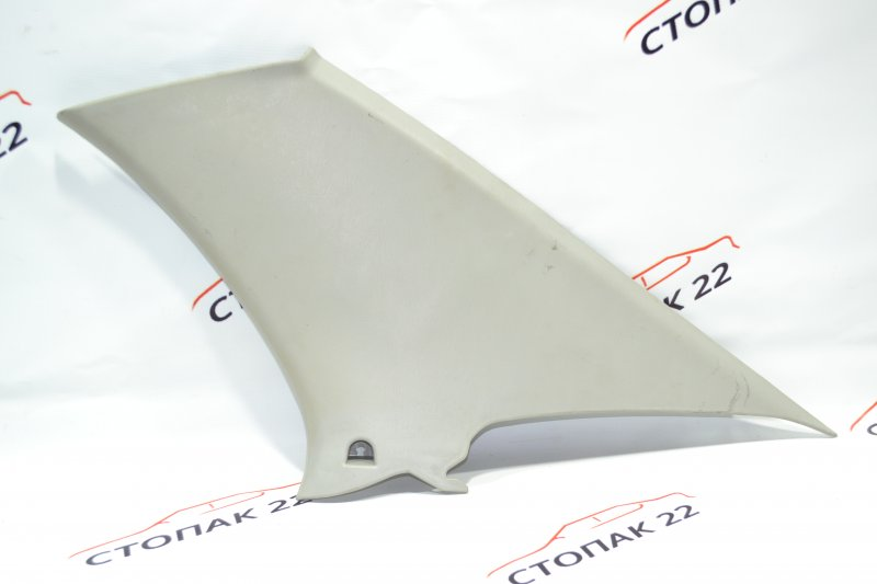 Накладка на стойку кузова Toyota Corolla NZE120 1NZ 2000 задняя правая (б/у)