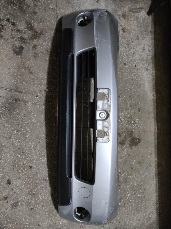 Бампер Toyota Ist NCP60 передний (б/у)