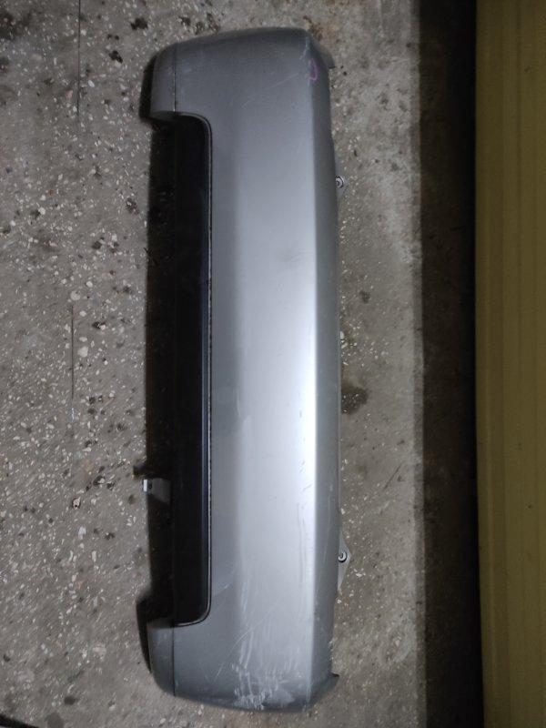 Бампер Toyota Ist NCP60 задний (б/у)