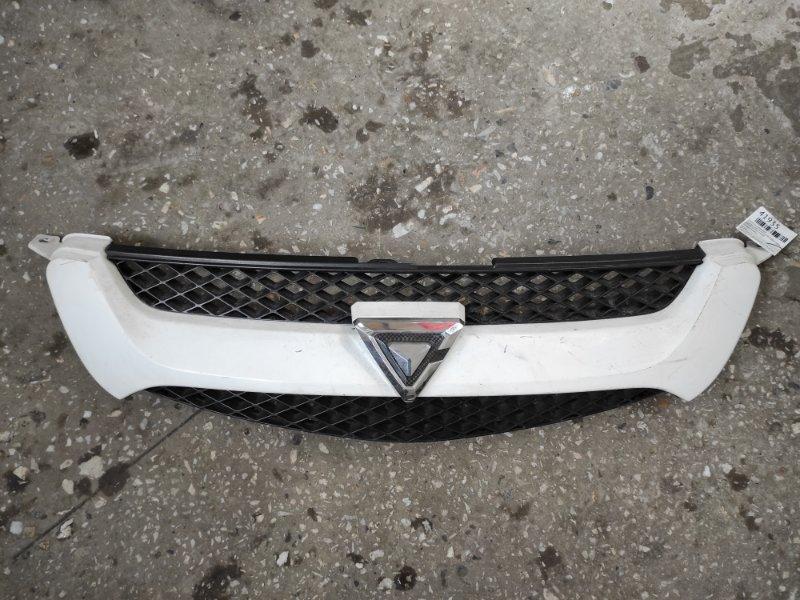 Решетка радиатора Toyota Caldina ZZT241W 2002 (б/у)