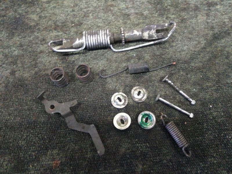 Механизм стояночного тормоза Toyota Probox NCP50 задний левый (б/у)