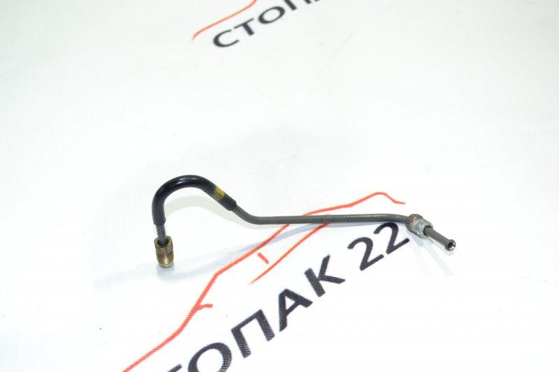 Трубка тормозная Toyota Corolla NZE121 1NZ 2001 задняя правая (б/у)
