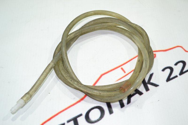 Шланг омывателя лобового стекла Toyota Corolla NZE121 1NZ 2001 (б/у)