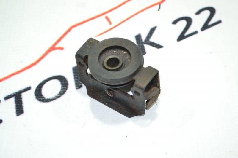 Крепление радиатора кондиционера Toyota Spacio NZE121 1NZ 2001 (б/у)