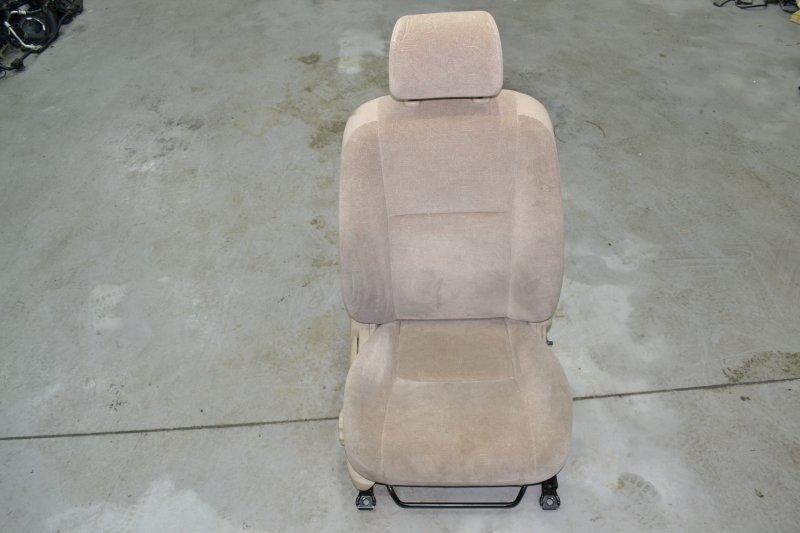 Сиденье Toyota Corolla NZE121 1NZ 2001 переднее правое (б/у)