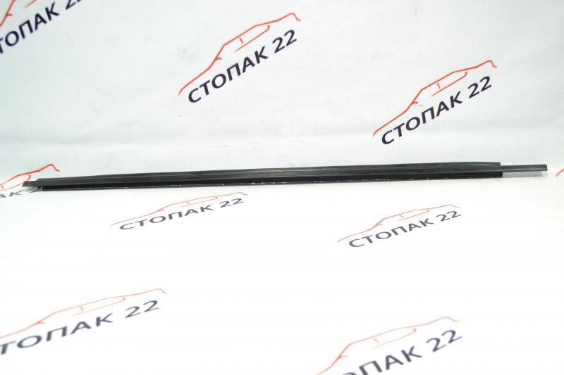 Молдинг стекла Toyota Corolla NZE121 1NZ 2001 передний левый (б/у)