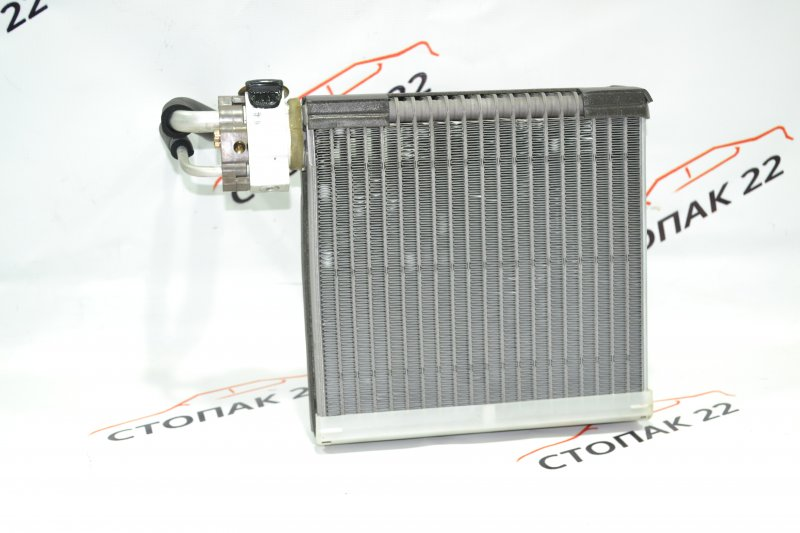Радиатор кондиционера салонный Toyota Corolla NZE121 1NZ 2001 (б/у)