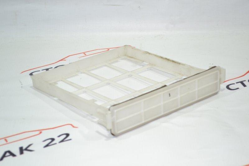 Рамка салонного фильтра Toyota Corolla NZE121 1NZ 2001 (б/у)