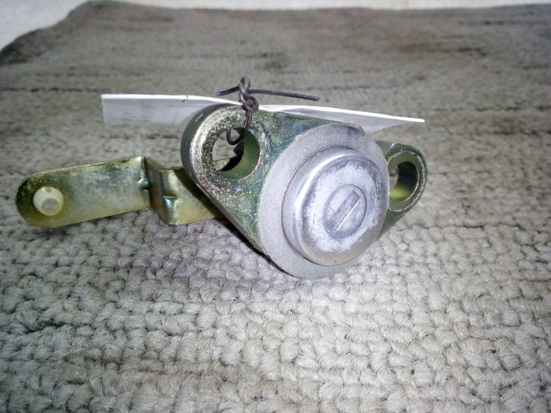 Личинка замка задней двери Nissan Presage HU30 (б/у)