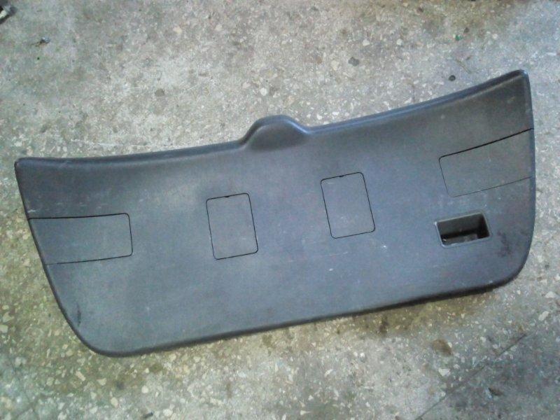 Обшивка двери багажника Toyota Caldina AT211 1997 (б/у)