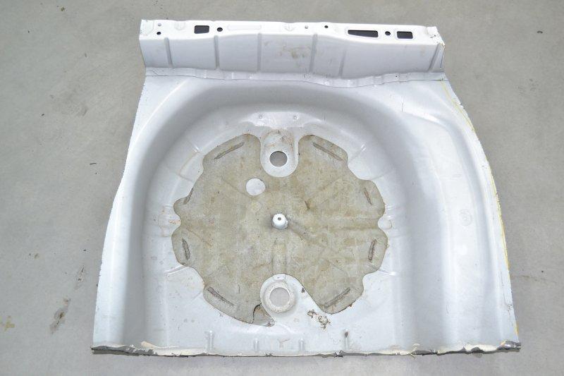 Тазик железный Toyota Runx NZE121 1NZ 2003 (б/у)