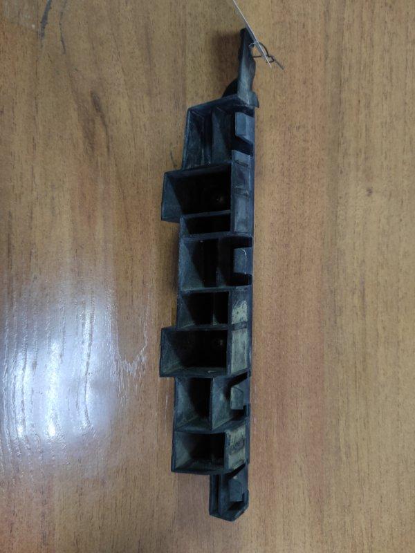 Крепление бампера Honda Inspire UC1 переднее правое (б/у)