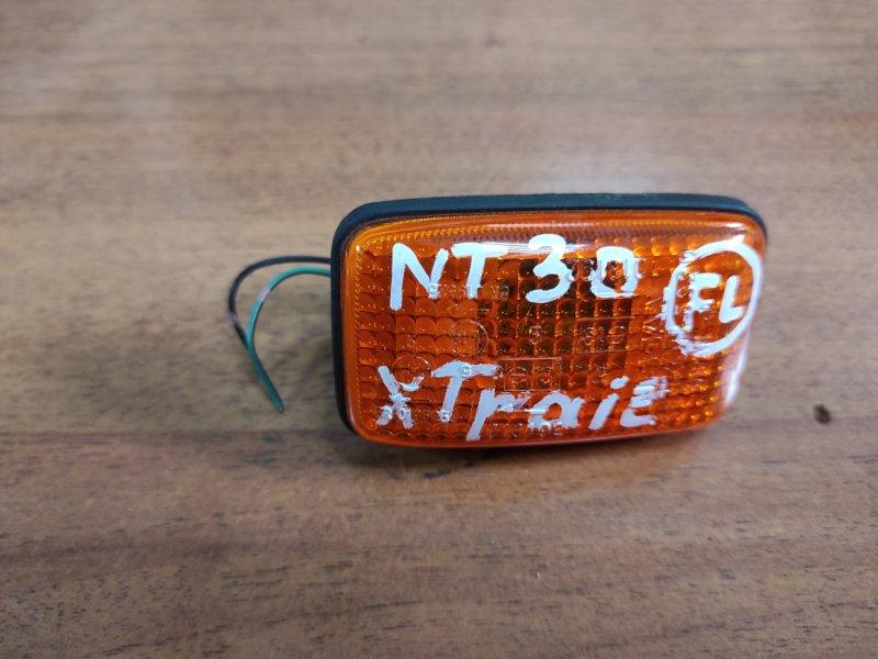 Повторитель в крыло Nissan X-Trail NT30 (б/у)